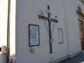 Lapide sulla chiesa di S. Leopoldo ad Albinatico